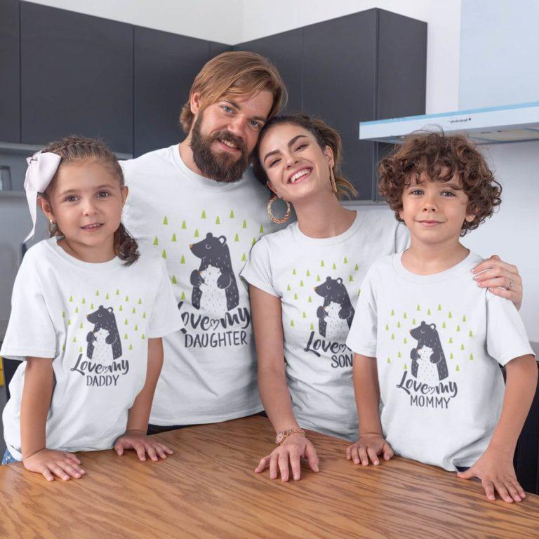 White short sleeve family graphic t shirts Bear Loves Family