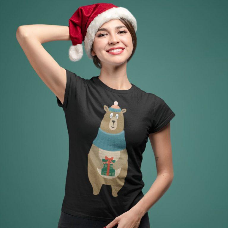 Short sleeve graphic women t shirt for christmas Friendly bear
